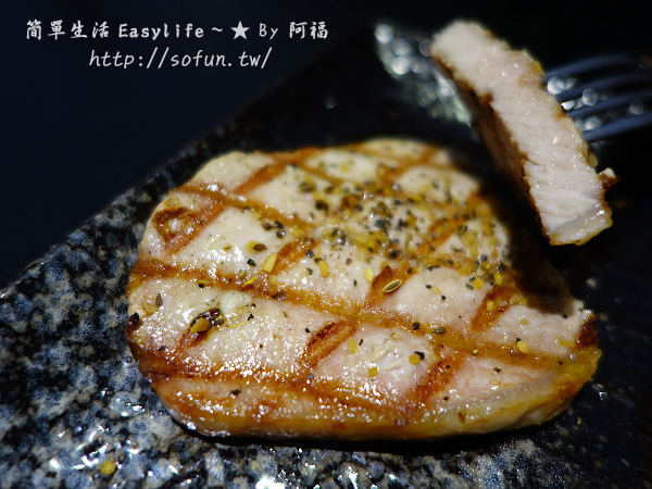 [中和美食] 小惡魔炭燒牛排@肉片大塊厚實。近捷運永安市場站 - 簡單生活Easylife