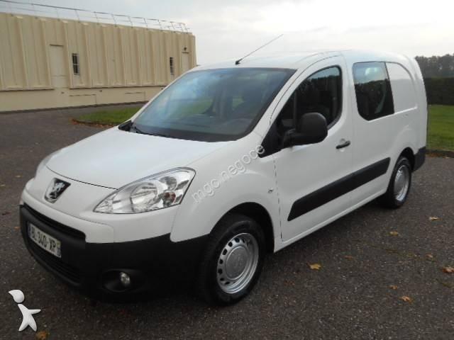 Fourgon Utilitaire Peugeot Partner 16L HDI 90 CV 4x2