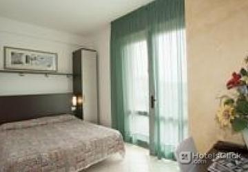 Hotel Milano Bibione  Venezia Prenota con Hotelsclickcom