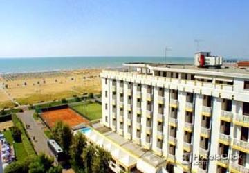 Fotografas Hotel Excelsior  Bibione  Venezia Italia fotos
