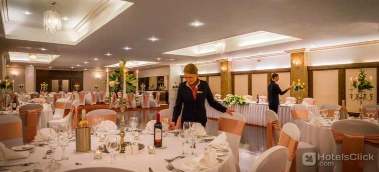 Clayton Crown Hotel London Londres Rservez avec Hotelsclickcom