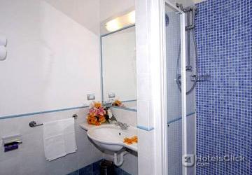 Fotografie Hotel La Rosa Dei Venti  Sanremo  Imperia Italia foto