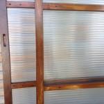 縞模様のガラス戸3