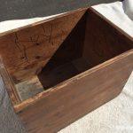 昔ながらの木箱1