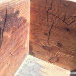 昔ながらの木箱落書き