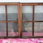 小さい透明ガラス引き違い戸1