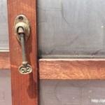 横長ガラス戸鍵
