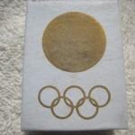東京オリンピックバッジ外箱1