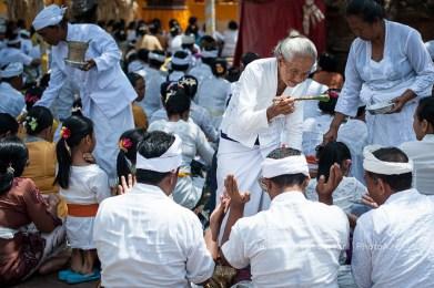wpid-PhotoA.nl_Bali_ceremony_31.jpg