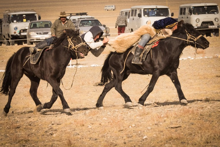 Wild-Mongolia-Golden-Eagle-Festival-Jacques-Lagarde-paxok-P9030263-small