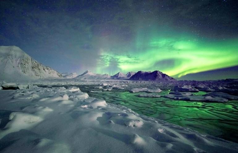 WTOwns-Greenland-iStock_000022499337-adj