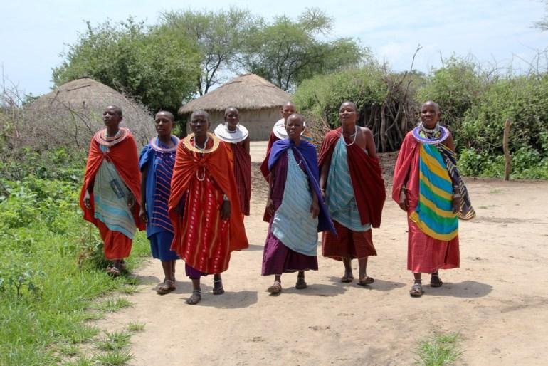 Maasai sing goodbye