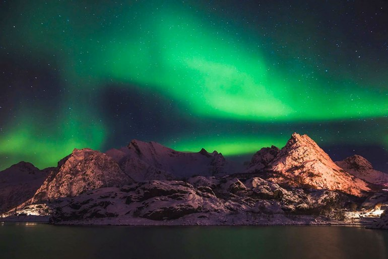 Chasing the Northern Lights in Lofoten