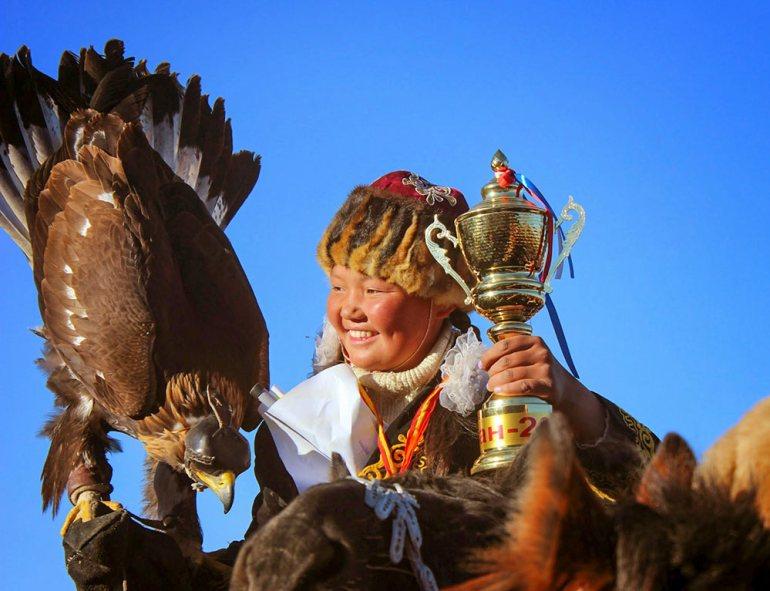 golden eagle fesitval, mongolia