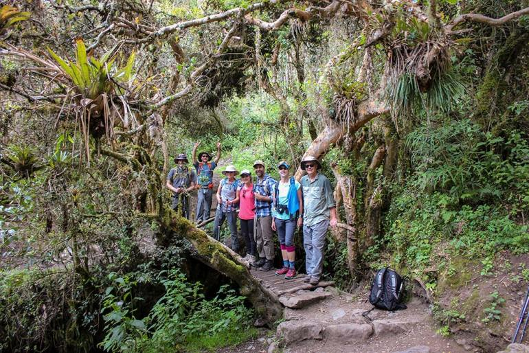 group photo on the Inca Trail