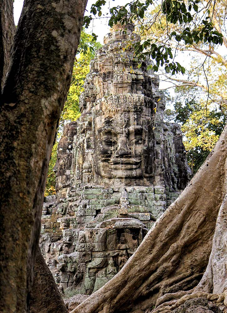 gate of bayon in indochine