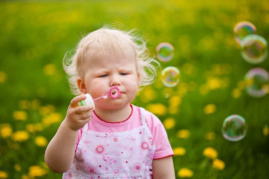 Leonie und Amelie  Baby und Kinderfotografie