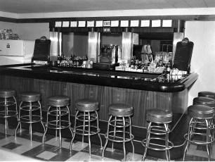 Chick Inn Harold Wright Rt 9G Greenport 1953 (2)