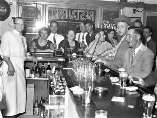 Chick Inn Route 9G Greenport 1954