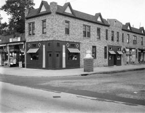Commonwealth Bar & Grill circa 1940