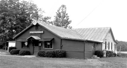 Holiday Inn Twin Lakes Elizaville 1965 (1)