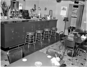 Kipp's Tavern formerly Rays Roadside Rest Rt 9G 1955 (3)