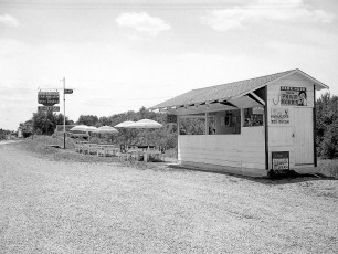 Lights Inn Rt 9 Clermont 1950 (2)