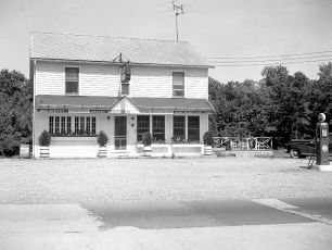 Lights Inn Rt 9 Clermont 1950 (3)