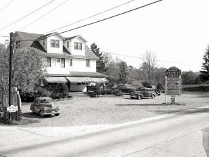 Reese's Bar Tivoli 1949 (5)