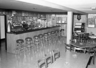 Ridgewood Inn Al & Lina's Rt. 9 Bells Pond 1964 (3)