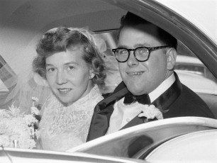 1957 Sigrid Knobel & Groom (2)