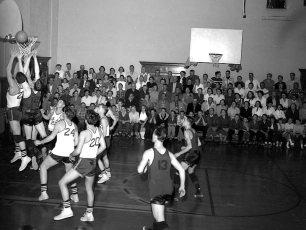 Roe-Jan vs. Chatham at home 1958 (2)