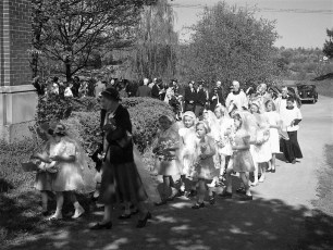 Ch of the Ressurection Blossom Festival G'town 1950 (3)
