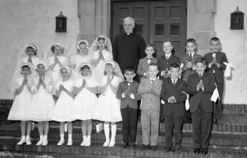 Church of the Resurrection 1st. Communion G'town 1963 (1)