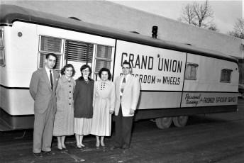 Grand Union Classroom on Wheels in Hudson 1954