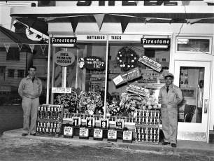 Harry Pizza Station Opening Hudson 1953 (2)