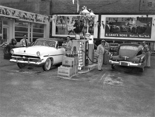Harry Pizza Station Opening Hudson 1953