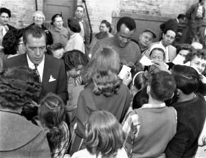 Ed Sullivan & Harry Belafonte visit Hudson 1959 (1)