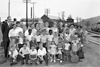 Fresh Air Kids arrive in Hudson 1956 (1)