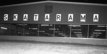 Am. Leg. Jr. Drum & Bugle Corp  Thunderbirds at Skatarama 1961 (4)
