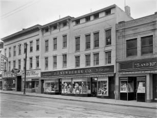 J. .J. Newberry's Warren St. Hudson 1960
