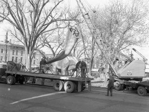 Jonas Studio's NY Worlds Fair Dinosaurs in Hudson 1964 (5)