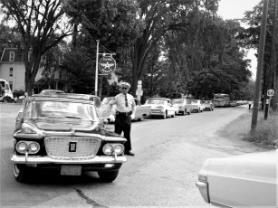 Col. Cty. Fair traffic tie-up Arlington Race Police Chief Chatham 1966 (1)