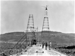 Hudson River Electric Tower Construction  1962 (3)