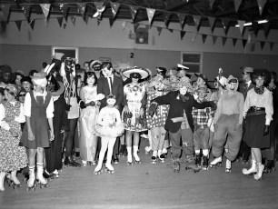 Skatarama Halloween Party 1962 (1)