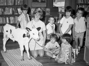 Dairy Princess Sherry Poetzsch at G'town Library 1971