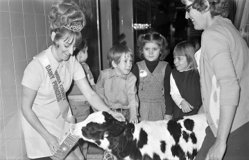 Dairy Princess Sherry Poetzsch at St. Mary's Hudson 1971 (2)