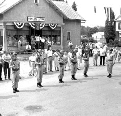 Col. Cty Volunteer Fireman's Parade Livingston 1958 (7A)