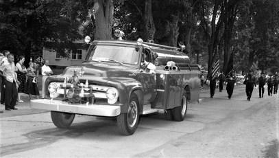 Col. Cty. Volunteer Fireman's Parade Copake 1958 (4)