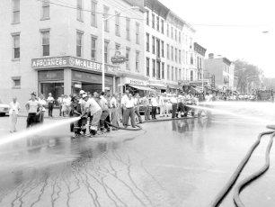 Multi Fire Company Emergency Water Test Warren St. Hudson 1964 (6)